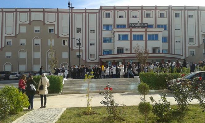 Manifestation des étudiants de l'université de Constantine, préoccupés par le manque de débouchés.