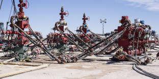 L'un des sites de fracturation hydraulique de la compagnie pétrolière et gazière anglo-néerlandaise, la Royal Dutch Shell, près de Mentone (Texas), le 2 mars.