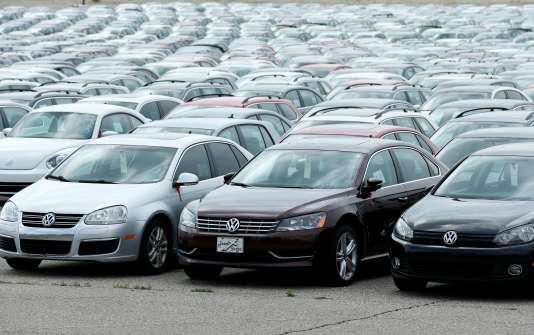 Voitures diesel Volkswagen et Audi rappelées par les constructeurs, sur un parking de Pontiac, dans le Michigan, aux Etats-Unis, le 4 août 2017.