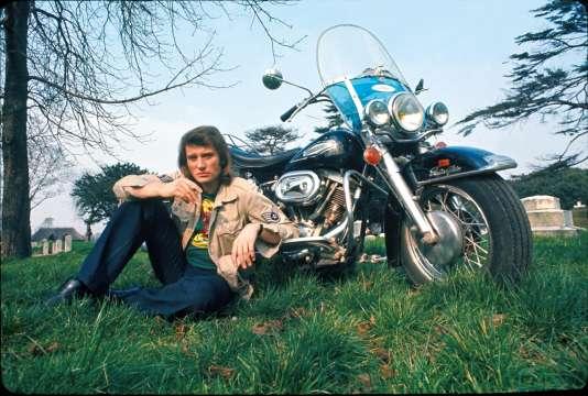Hommage à Johnny Hallyday : comment va se dérouler la procession des bikers ?