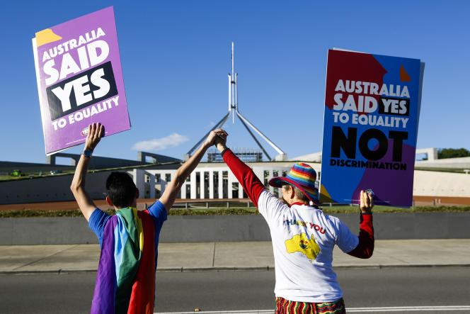 Devant le Parlement australien, jeudi 7 décembre.