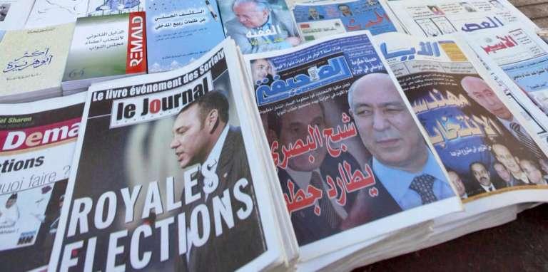 Journaux en vente à Rabat, au Maroc, en septembre 2002.
