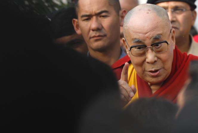 Le dalaï-lama, le 8 décembre à Bombay.