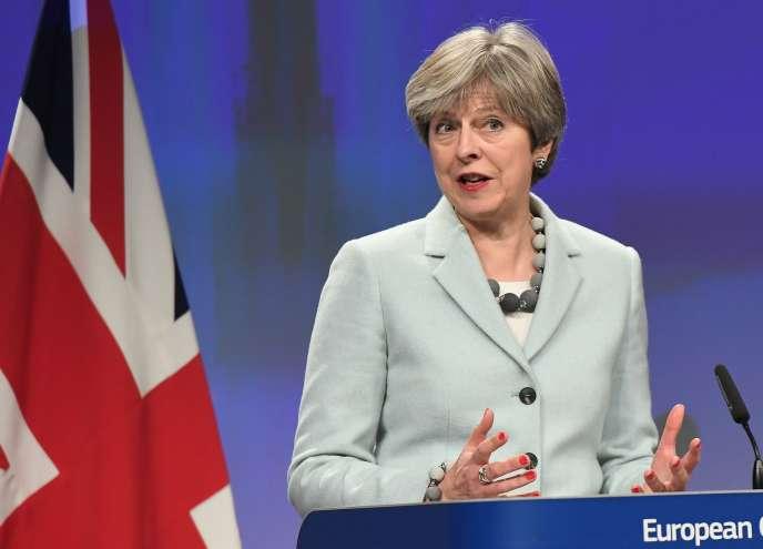 La première ministre du Royaume-Uni, Theresa May, le 8 décembre à Bruxelles.