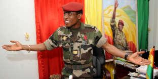 Le capitaine Moussa Dadis Camara, le 30 septembre 2009, alors qu'il dirigeait la junte au pouvoir en Guinée.