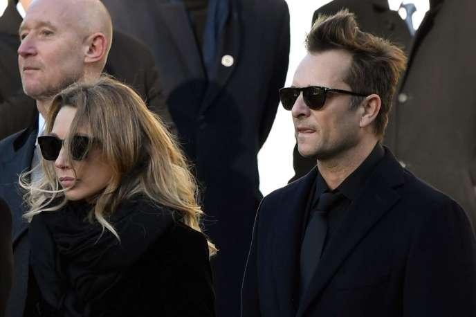 David Hallyday et Laura Smet, le 9 décembre2017, lors des funérailles de leur père, Johnny Hallyday, àParis.