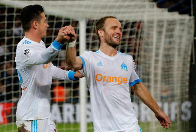 Thauvin et Germain lors du match face à Saint-Etienne, le 10décembre 2017.