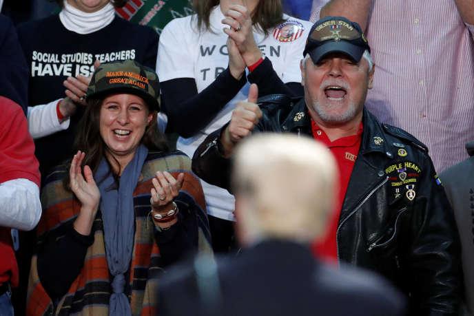 Supporters de Donald Trump lors de son meeting à Pensacola (Floride), le 8 décembre.