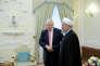 Le secrétaire d'Etat des affaires étrangères du Royaume-Uni, Boris Johnson, et le président iranien, Hassan Rohani, àTéhéran, le 10 décembre 2017.