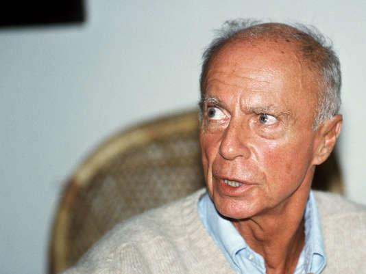 Le prix Nobel de littérature Claude Simon est mort le 6 juillet 2005 à Paris à l'âge de 91ans.
