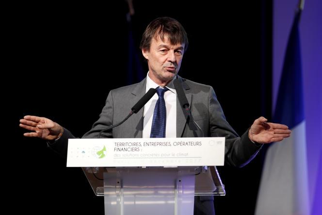 Nicolas Hulot, le ministre de la transition écologique et solidaire, devant les patrons français, au siège du Medef, à Paris, lundi 11décembre.
