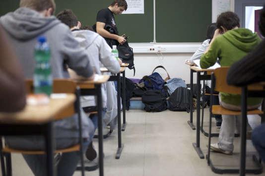 L\'interdiction du téléphone portable à l\'école, une mesure ...
