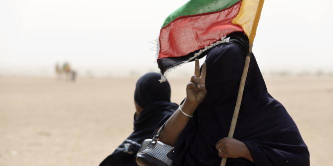 Drapeau du Mouvement national de l'Azawad (MNLA), à Kidal.