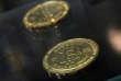 Un spécialiste, qui a souhaité garder l'anonymat, définit le bitcoin comme « taillé sur mesure en vue de la fraude ».