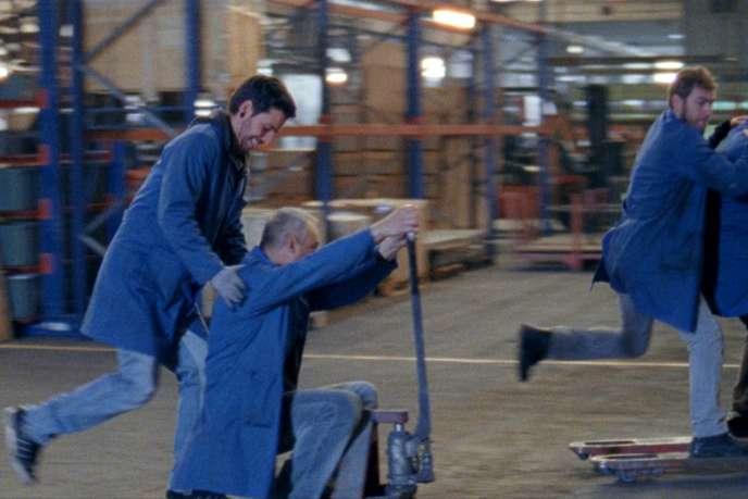 Une scène du film portugais de Pedro Pinho,« L'Usine de rien».