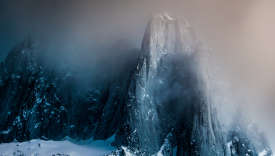 Paysage puissant saisi par le photographeSolve Sundsbo pour son livreconsacré à la «British Columbia», Louis Vuitton.