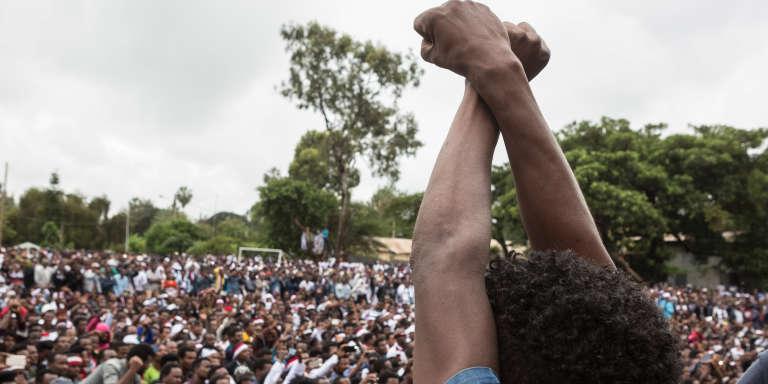 Manifestation contre le gouvernement éthiopien lors du festival annuel oromo, à Bishoftu, le 1er octobre 2017.