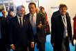 Emmanuel Macron avec Arnold Schwarzenegger et Nicolas Hulot lors du One Planet Summit, le 12 décembre 2017.