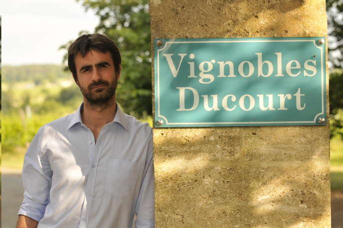 Jonathan Ducourt, 34 ans, viticulteur et responsable commercial.