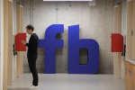 Plusieurs anciens collaborateurs de l'entreprise, comme son ex-président Sean Parker, ont fait part de leur inquiétude concernant l'influence grandissante du réseau social.