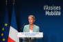La ministre chargée des transports, Elisabeth Borne, lors de l'ouverture des Assises nationale de la mobilité, à Paris, en septembre.
