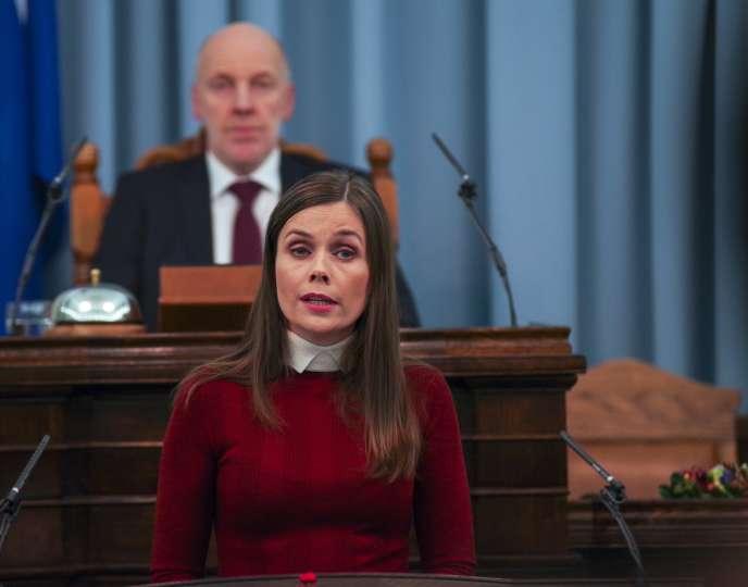 La première ministre islandaise Katrin Jakobsdottir au Parlement à Reykjavik, le 14 décembre 2017.