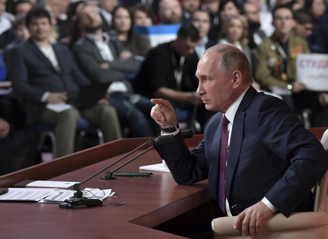 Le président russe Vladimir Poutine, durant la conférence de presse à Moscou, le 14 décembre.