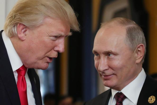 Le président américain, Donald Trump (à gauche), et son homologue russe, Vladimir Poutine, le 11 novembre.