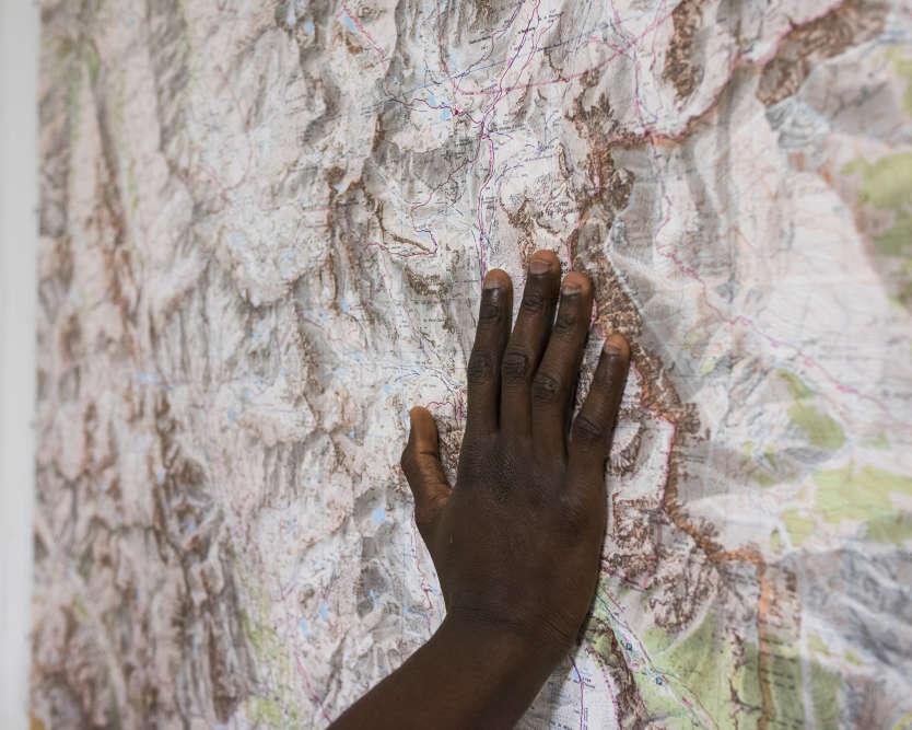 Deux mille migrants on été accueillis à Névache depuis le mois de juillet. Le col de l'Echelle a retrouvé sa vocation séculaire de point de passage entre l'Italie et la France.