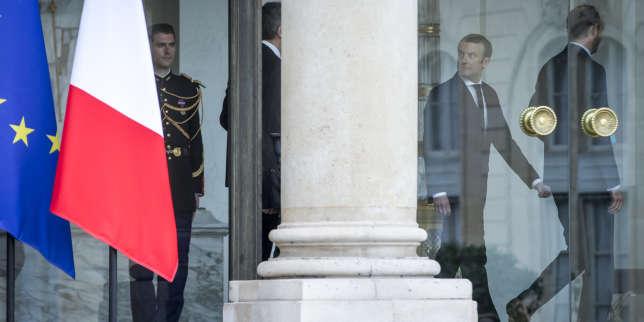 Emmanuel Macron et Edouard Philippe à l'Elysée, le 18 mai.