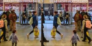 Le magasinH&M, le jour du« Black Friday», à New York, le 24 novembre.