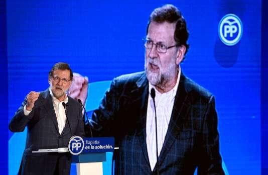 Le premier ministre espagnol Mariano Rajoy lors d'un meeting à Salou (Catalogne) le 17 décembre.