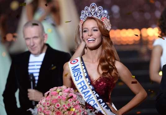 Miss Nord-Pas-de-Calais, Maëva Coucke, 23 ans, élue Miss France 2018, à Châteauroux, le 16 décembre.