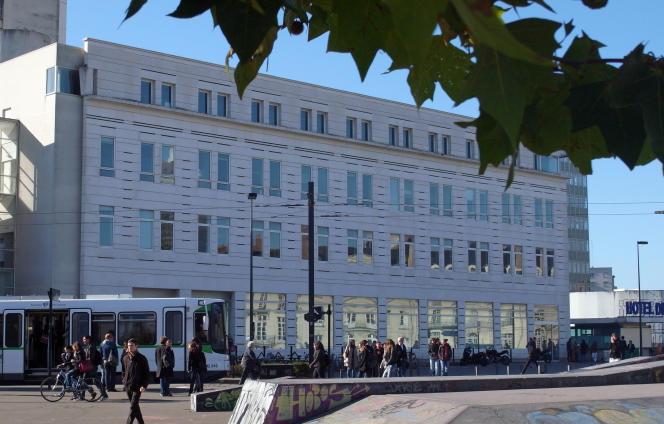 L'hôtel Dieu, dans le centre de Nantes, qui accueille la faculté de médecine, celle de pharmacie et celle de chirurgie dentaire.