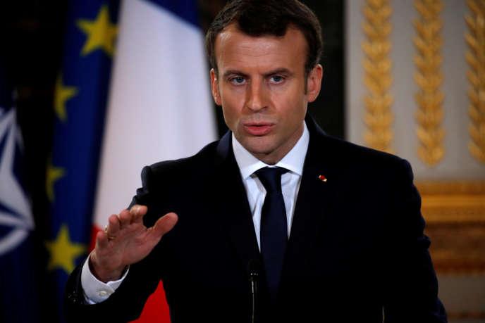 «Unitaid soutient des programmes qui une fois introduits devraient permettre d'économiser jusqu'à 1,6 milliard de dollars par rapport aux traitements actuels» (Le président Emmanuel Macron, le 19 décembre à Paris).