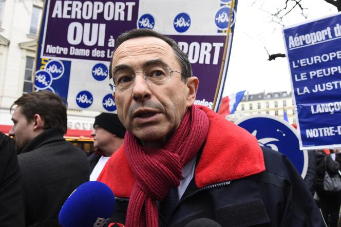 Bruno Retailleau, lors d'une manifestation en faveur de l'aéroport de Notre-Dame-des-Landes, le 13 décembre à Paris.