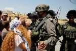 Lundi 18 décembre 2017, elle a été arrêtée par l'armée israélienne, après avoir été accusée d'avoir agressée deux soldats israéliens, en marge d'une manifestation contre l'occupation israélienne.