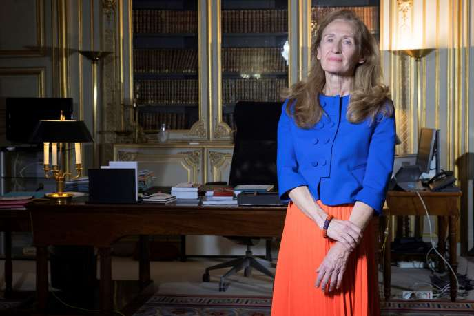 La garde des sceaux, Nicole Belloubet, dans son bureau au ministère de la justice, à Paris, le 15 décembre.