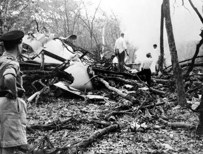 L'épave du DC6 dans lequel mourut le secrétaire général des Nations Unies Dag Hammarskjöld, aux environs de Ndola (Zambie), 18 septembre 1961.