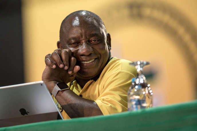 Cyril Ramaphosa, nouveau président de l'ANC, lors du congrès de son parti, à Johannesburg (Afrique du Sud), le 17 décembre.