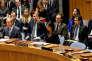L'ambassadrice américaine à l'ONU, Nikki Haley, met son veto à la résolution égyptienne, à New York, le 18 décembre.