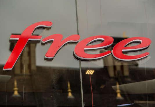Logo de Free.