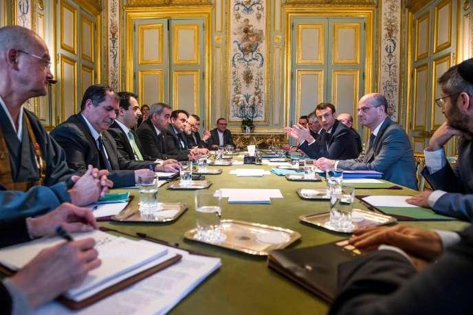 Le président, Emmanuel Macron, rencontre les représentants du culte en France, le 21 décembre 2017 à l'Elysée.