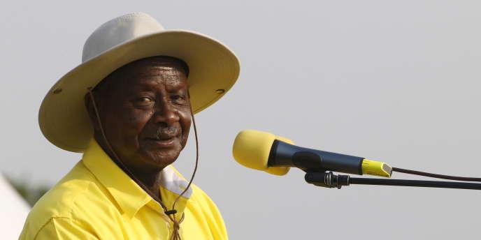 Le président ougandais, Yoweri Museveni, en meeting à Kampala, le 11février 2016.