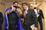 Carles Puigdemont, à Bruxelles le 21 décembre 2017, avec un de ses partisans après le résultat des élections catalanes.