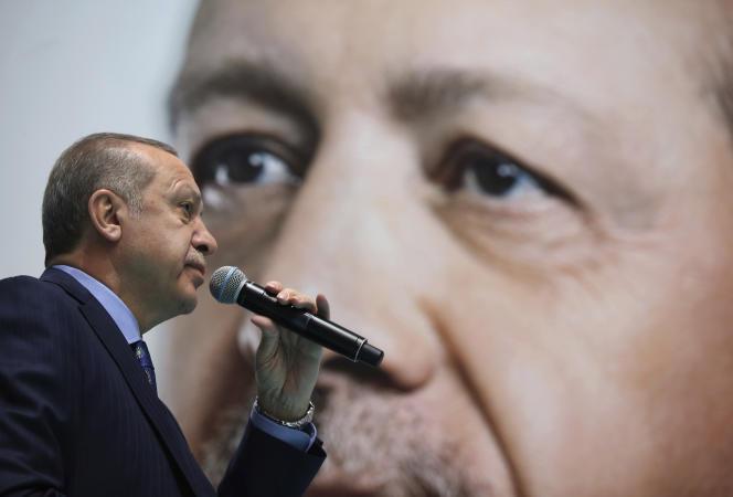 Erdogan en meeting à Hakkari, au sud est de la Turquie le 23 décembre.