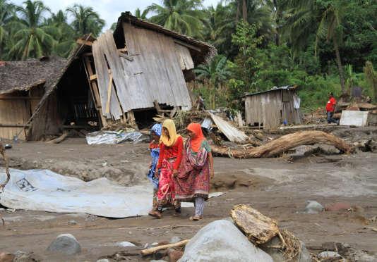 Des dizaines de victimes après le passage de la tempête Tembin — Philippines