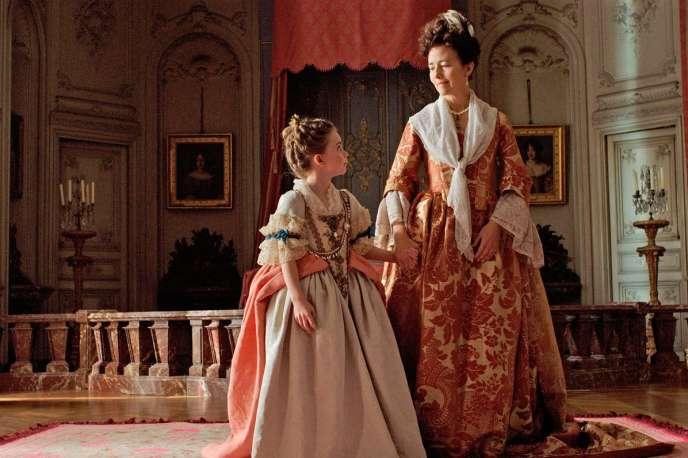 Juliane Lepoureau etCatherine Mouchet dans le film français de Marc Dugain,«L'Echange des princesses».