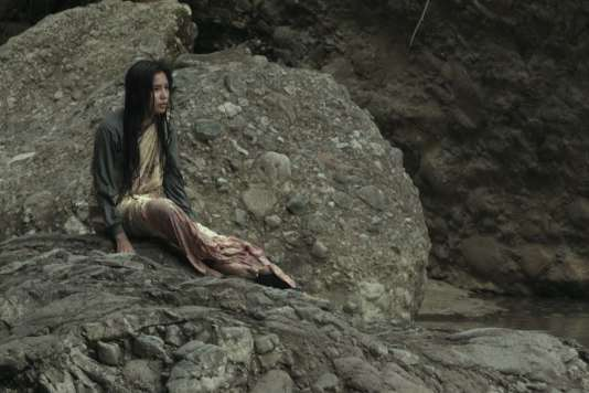 «Les Femmes de la rivière qui pleure» («Women of the Weeping River»), film philippin et français deSheron Dayoc.