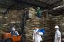 Stockage de fèves de cacao à l'usine du Grupo Nutresa à Medellin, en Colombie, le 8 juin.